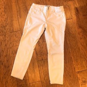 Royalty Women's White Jeans 10 Excellent Condition